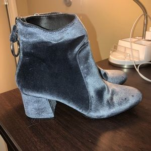 blue/silver velvet urban outfitters booties